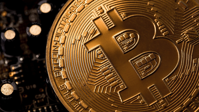 hogyan lehet helyesen befektetni a bitcoinba