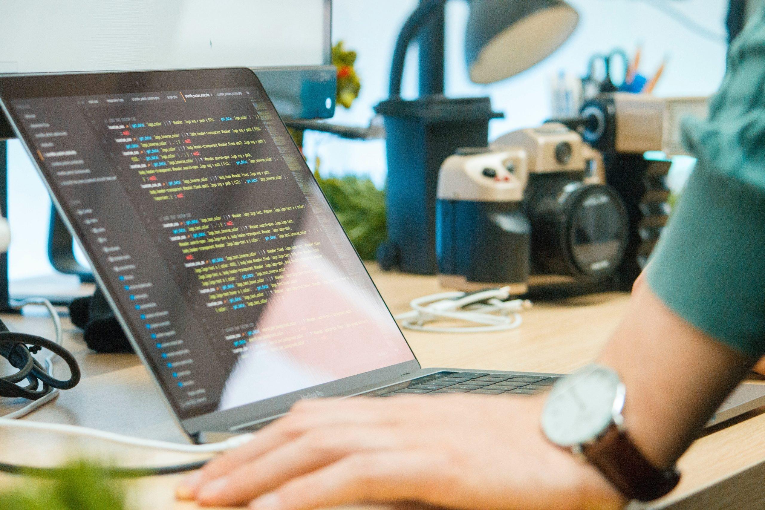 pénzt keresni egy számítógép segítségével segít több pénzt keresni