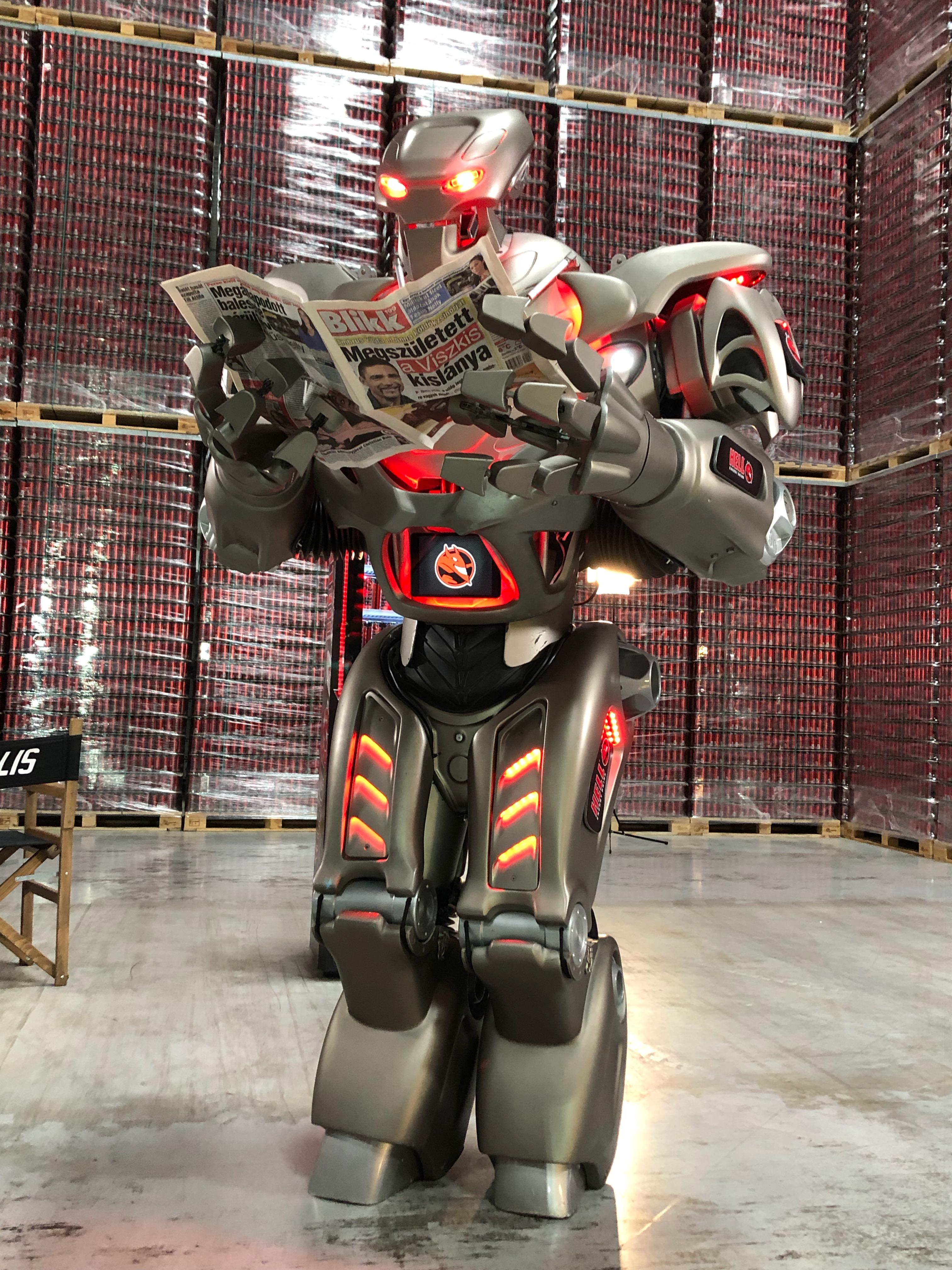 a szuper robotok online keresnek pénzt)