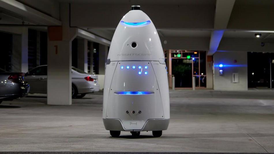 Egy igazi robot érkezik táncolni a Miskolc Plázába