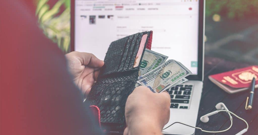 Megmutatom, hogyan lehet évente 30,000 XNUMX dollárt keresni ezeknek a legális online munkáknak