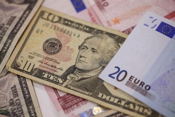 demó számla dollár és euró